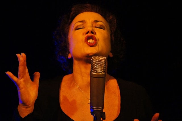 Tips to improve your vocal range